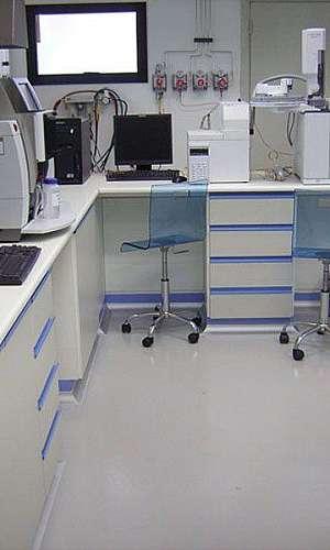 Bancada de laboratório de química