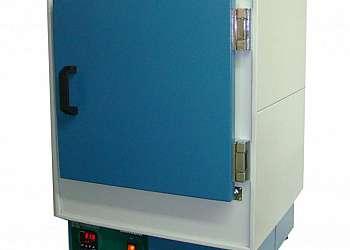 Estufa incubadora de laboratório